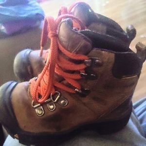 Boys Toddler Keen Boots Size 8
